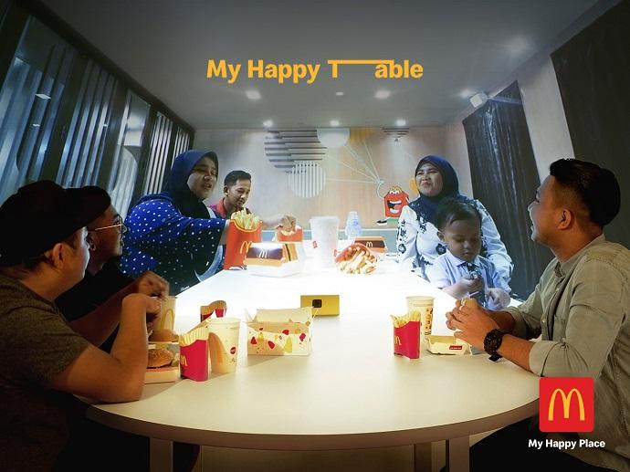 Virtually Reunited Families Share Real Emotions During Ramadan